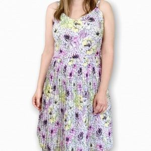 Willow & Thread Pastel Floral Pleated Dress